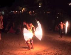 jongleur de feu de nuit koh tao thailande