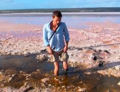 coince dans le lac rose sale