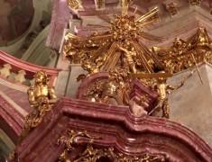 interieur eglise st nicolas visiter prague