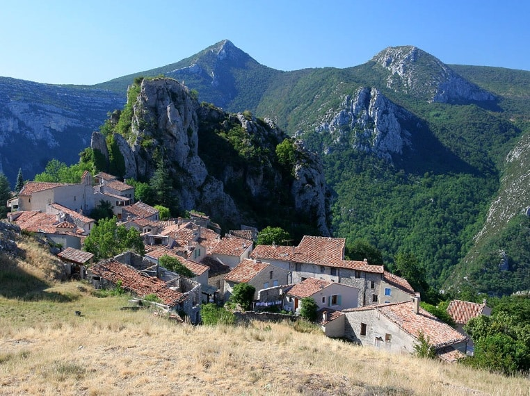village de rougon