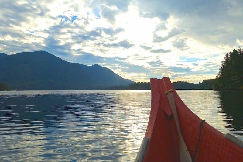 canoe tofino colombie britannique