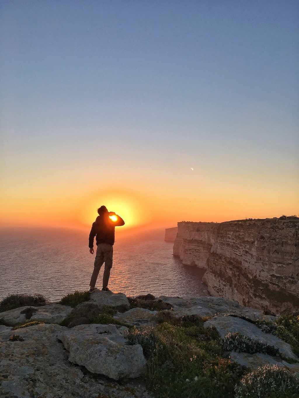falaise gozo coucher de soleil